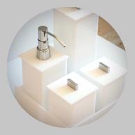 Advanced Polymers - PMMA - Utensílios Sanitários